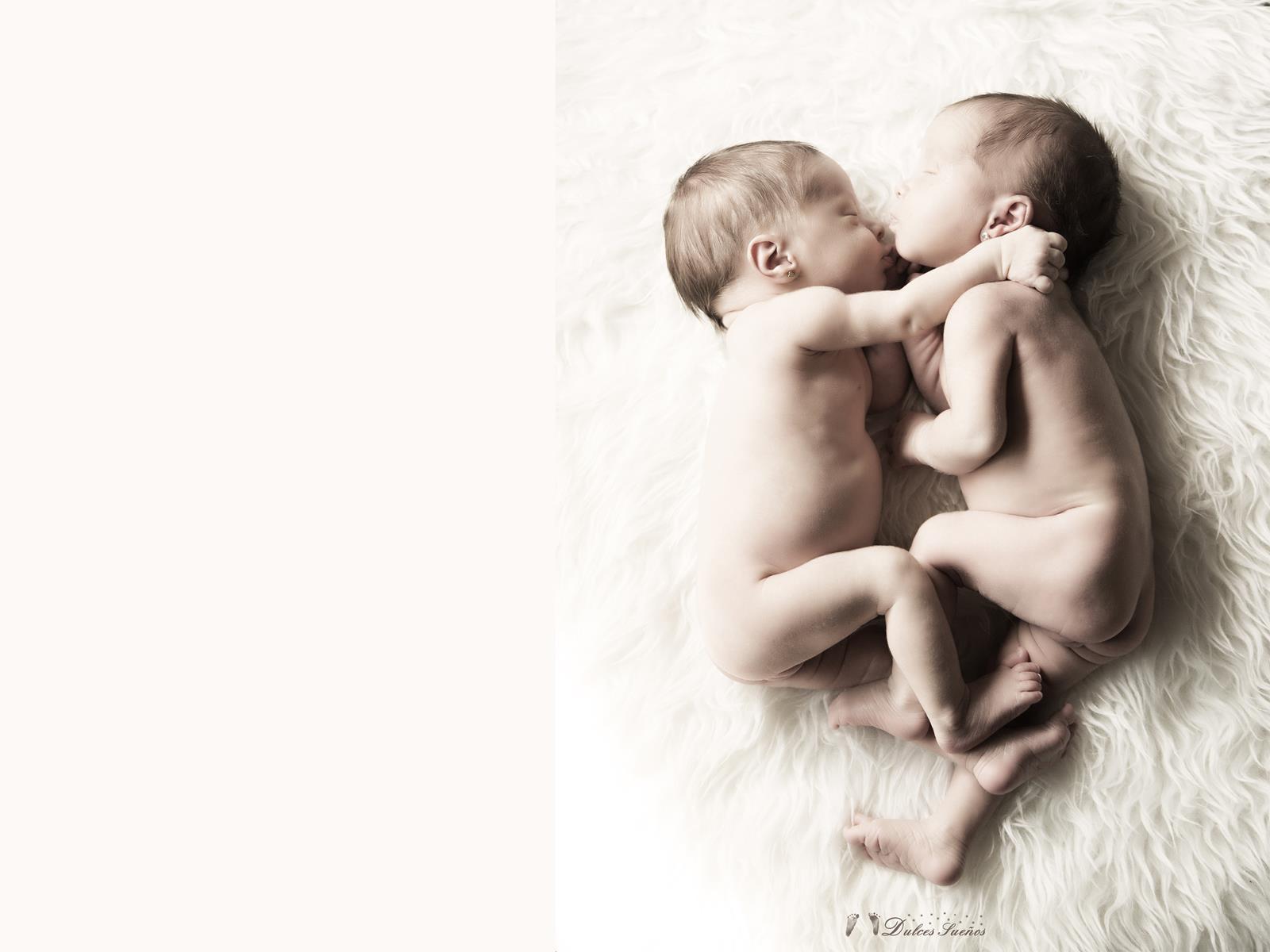 Fotografia gemelos bebe y Recien nacido en Zaragoza. Yolanda Velilla. Dulces Sueños